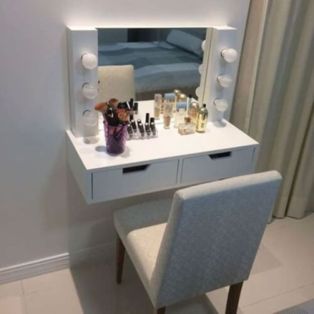 Small makeup vanity table with lights