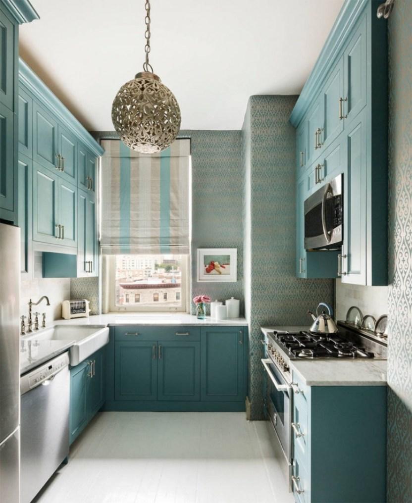 Amazing Small Kitchen Renovation Ideas 18