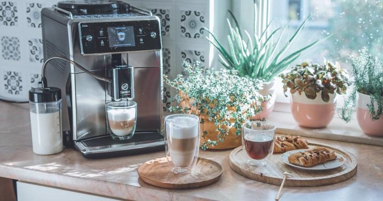 Więcej niż kawa – recenzja ekspresu ciśnieniowego Saeco Xelsis SM7683/00