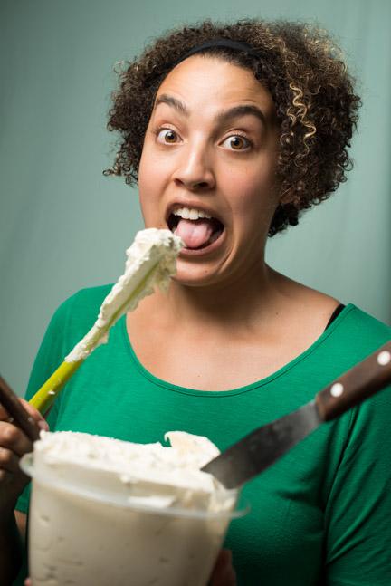 dalana eating butter cream