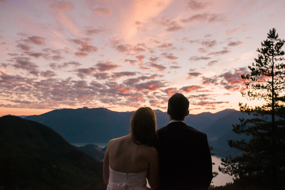 Squamish-sunset-bride-groom
