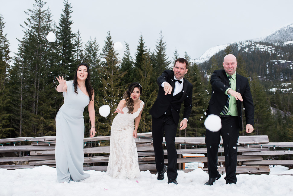 squamish-wedding-snow-fight