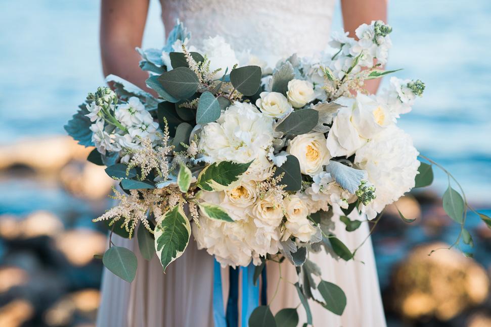 quince-fine-florals-bouquet