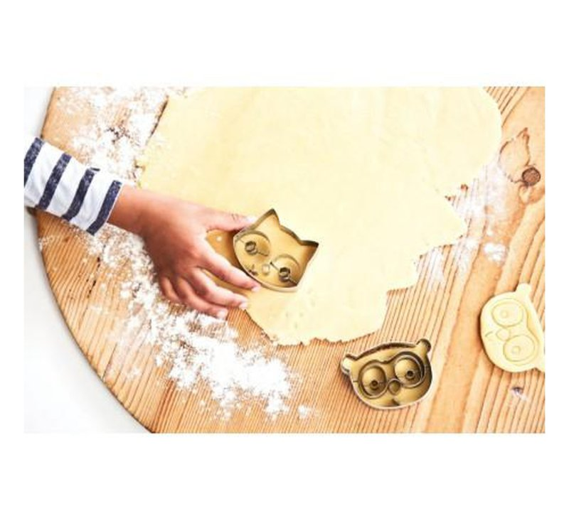 LITTLE CHEF. Alice cookie cutters-littlechef-Lilliputiens-jellyfishkids.com.cy