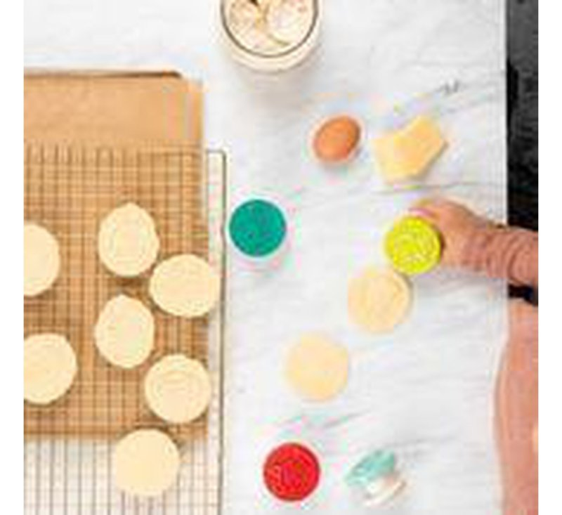 LITTLE CHEF. Biscuit stamps (4 pieces)-littlechef-Lilliputiens-jellyfishkids.com.cy