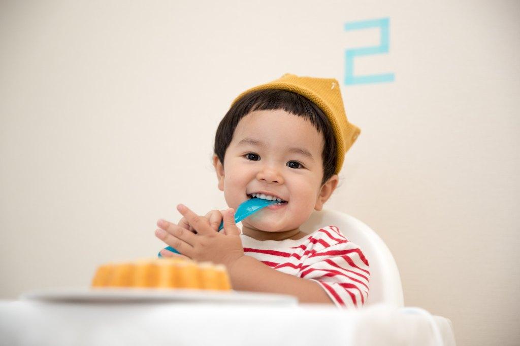 Enfant et alimentation: 12 conseils pour vous éviter du stress et assurer que votre enfant mange bien