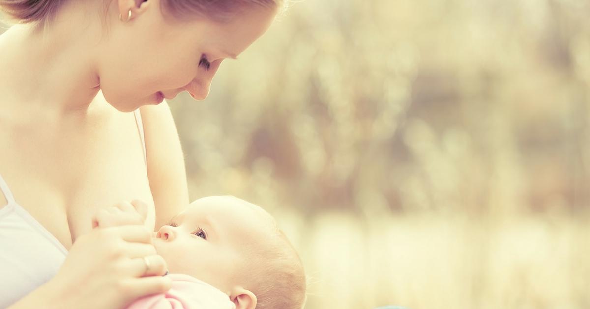 À toi, maman qui allaite - CHRONIQUE POPULAIRE - À lire sur Je Materne!
