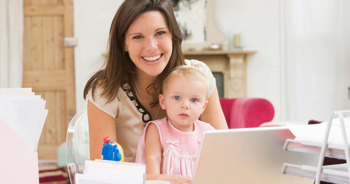 Partir une entreprise avec une jeune famille? Ça pourrait être le moment idéal. Cliquer pour tout lire!