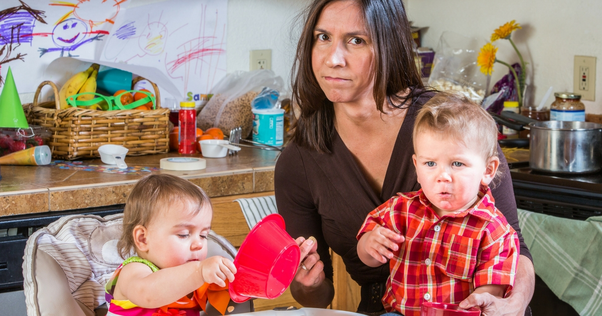 Aux parents débordés - Se simplifier la vie avec le désencombrement, c'est l'adopter. PARENT ZEN - À lire sur Je Materne!