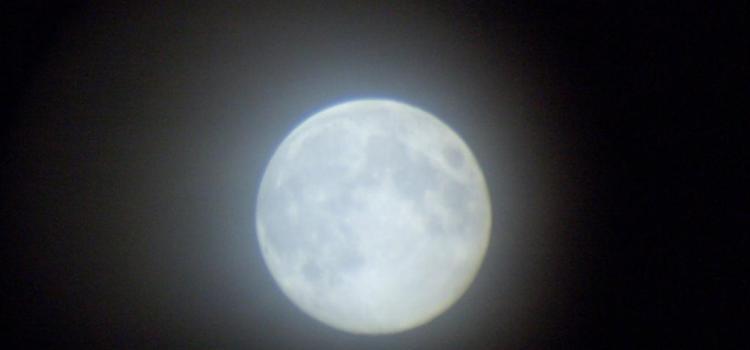 Tuesday haiku – Moon