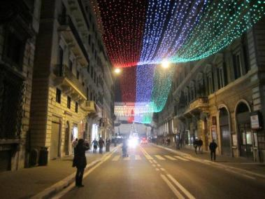 christmas-rome-viadelcorso-lights-1