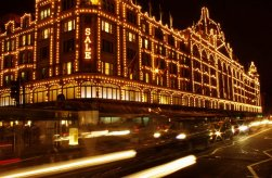 harrods__lighted_up_for_christmas__london