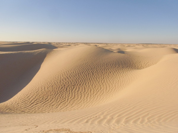 La grande dune, Nefta, Tunisa (Sand dunes, landing area of the escape pod, Tatooine) - 33°52' N, 7°45' E