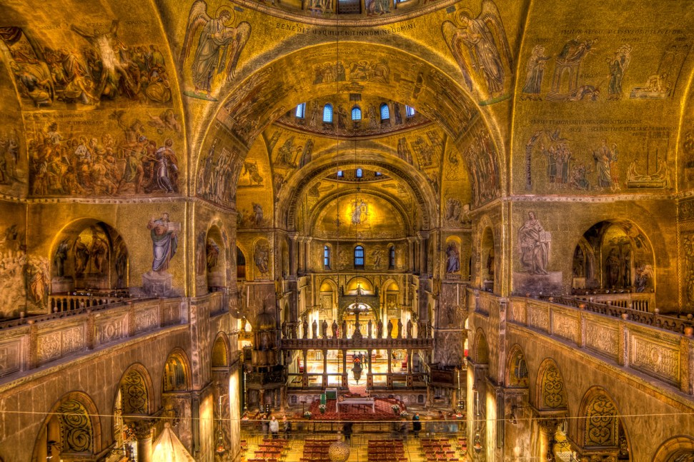 St-Marks-Basilica-Inside-Photo