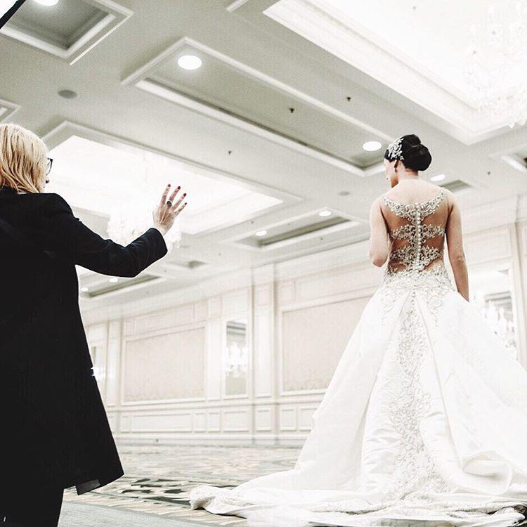 Photographer Jennifer Avello behind the scenes her photoshoot