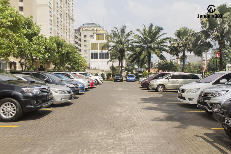 Outdoor Parking Mediterania 1