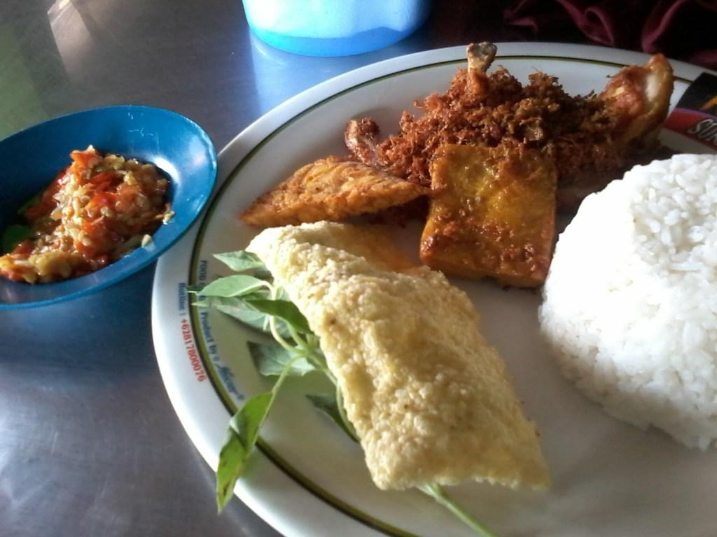 Tempat Makan Jakarta 24 Jam Ayam Penyet Surabaya