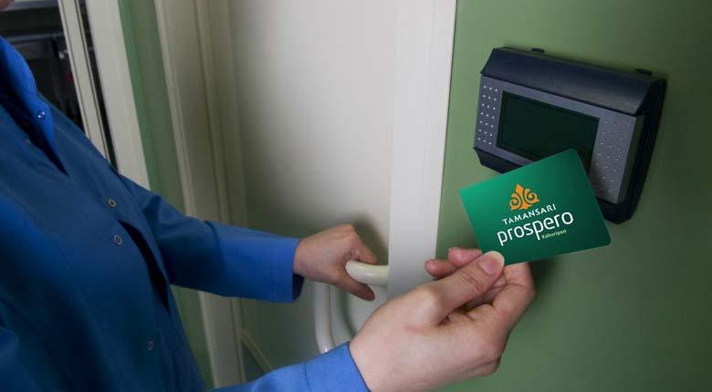 acces card apartment