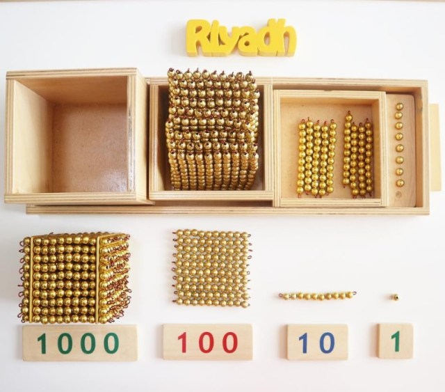 konsep matematika montessori golden beads