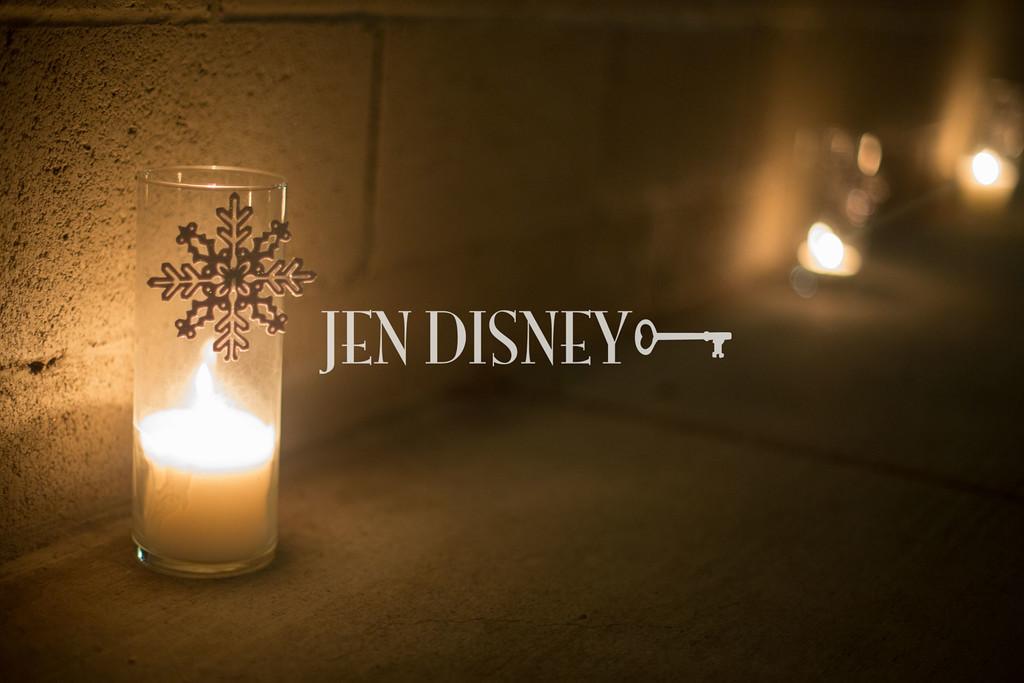 Jen Disney082