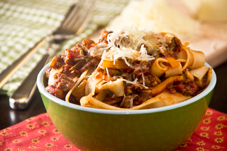 Healthy-tagliatelle-with-Bolognaise