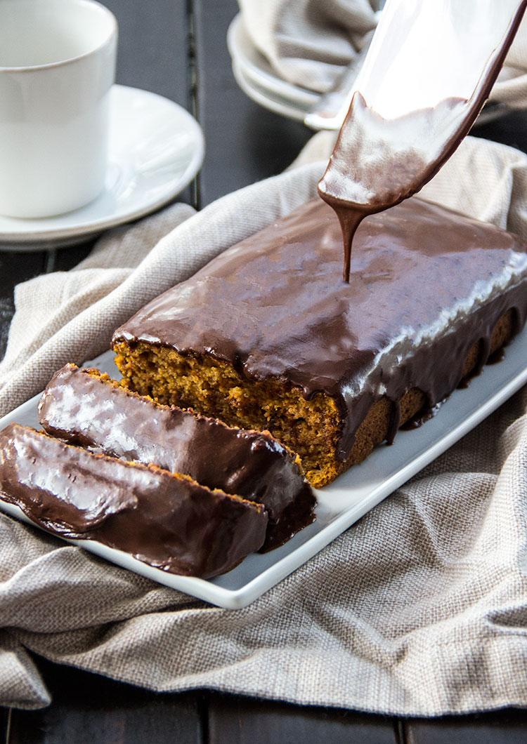 Skinny-Chocolate-Glazed-Pumpkin-Bread