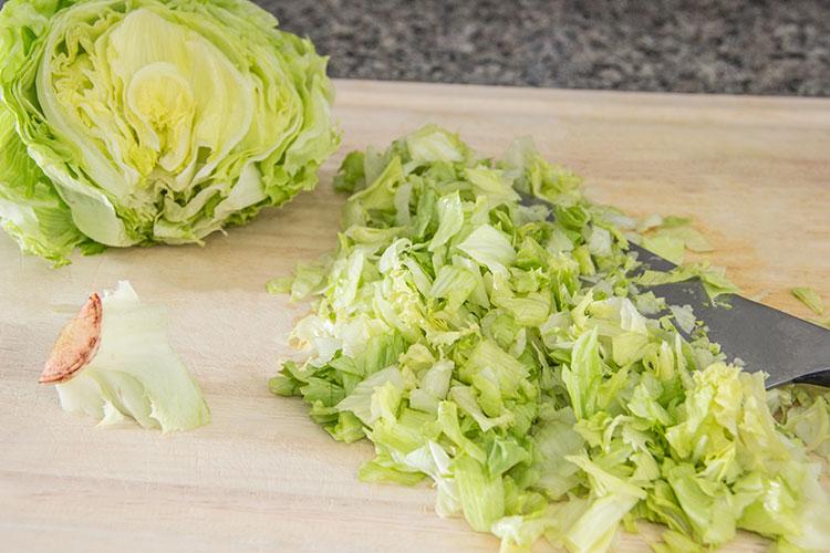 chopping-lettuce