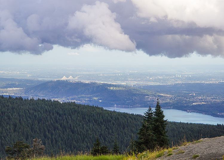 view-from-the-top-of-grouse-mountain-vancouver