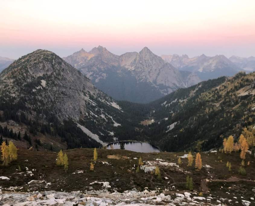 North Cascades National Park, Maple pass trail