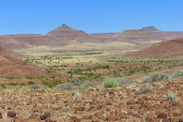 Wide-open valley, Palmwag Conservancy