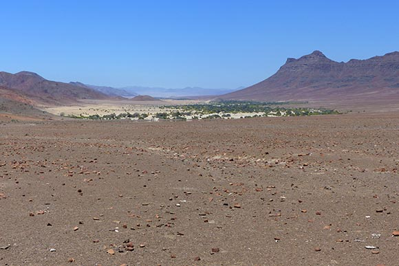 Hoarusib River valley.