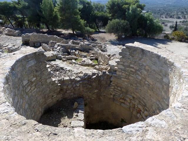 Circular pit at Phaestos, Crete, Greece - Jen Funk Weber