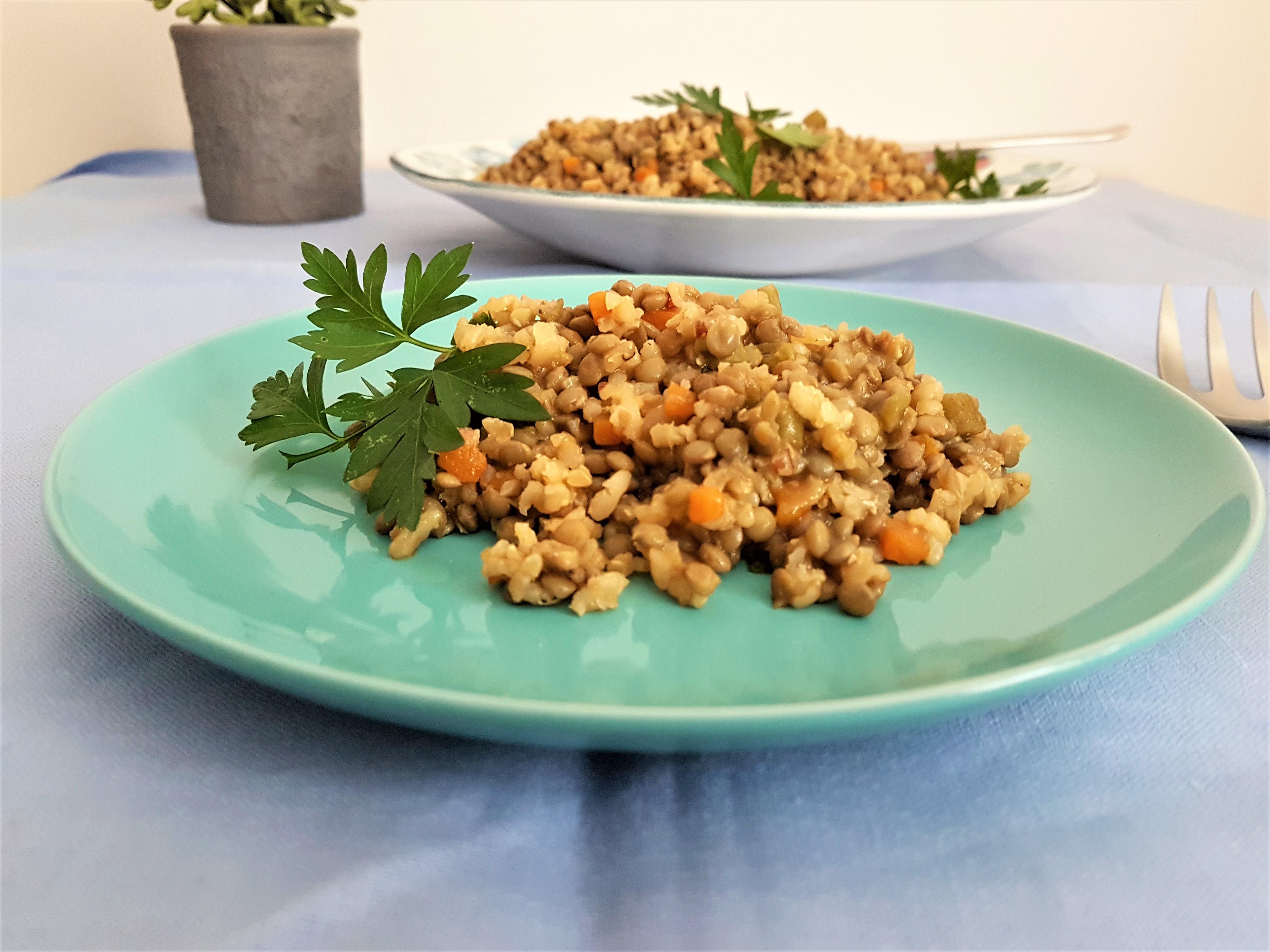 Lentejas con arroz/ Lentils with rice