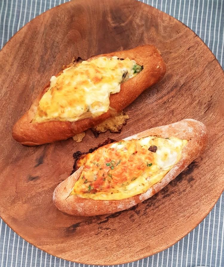 Huevos en bote (2)