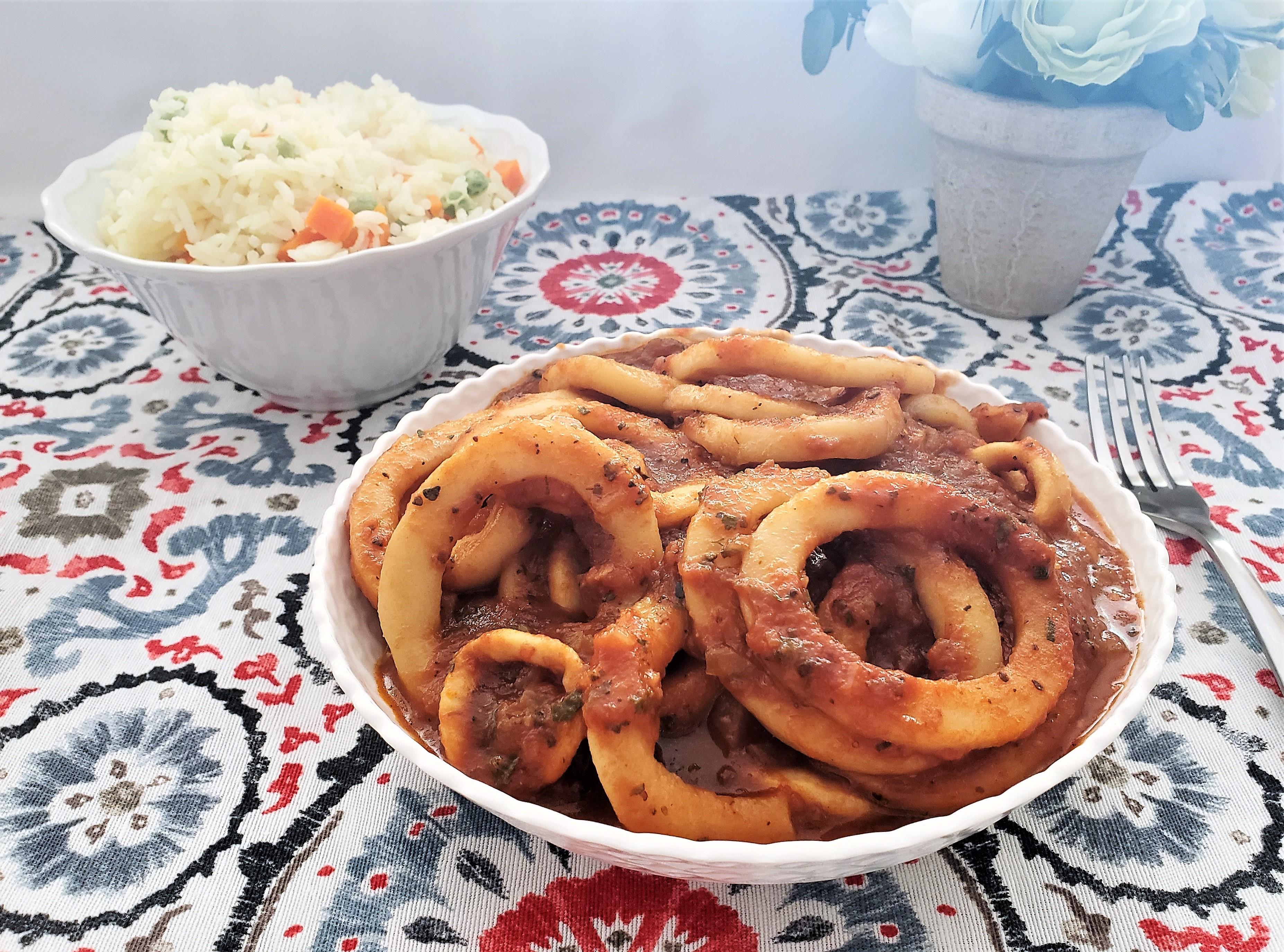 Calamares en salsa de jitomate