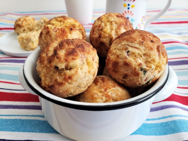 Bolitas de hotcake con jamón y queso (3)