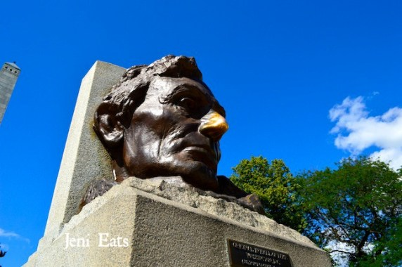 LIncoln Nose