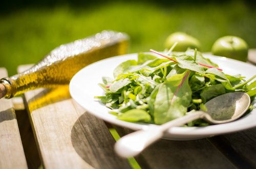 Can a Healthy Diet Combat the Effects of Pollution?