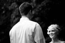 Natural Outdoor Wedding Photos