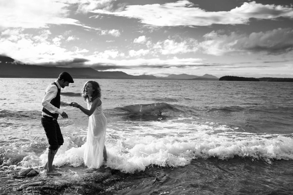 Oceanfront Home Wedding On Salt Spring Island With Billie Luke