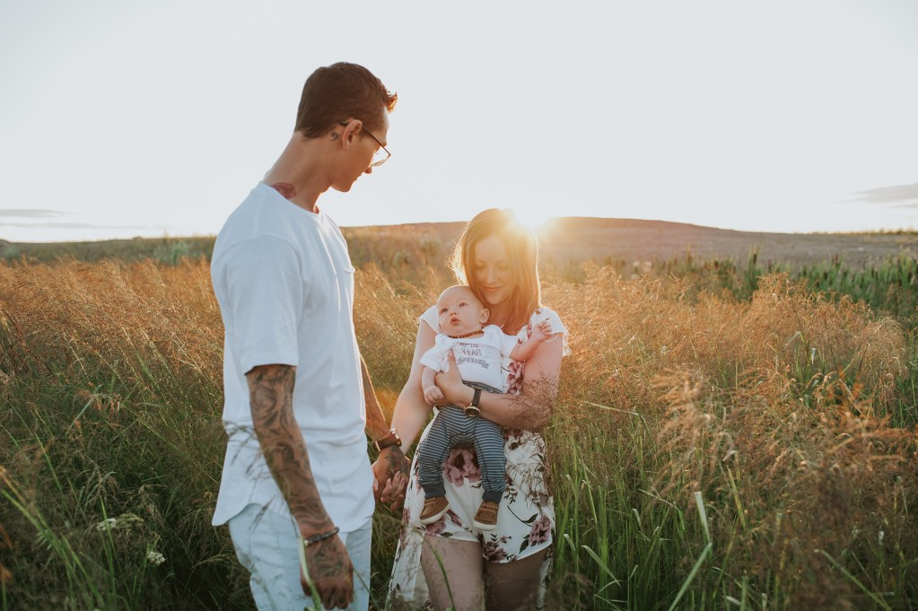 The Prowse Family { Sunset } – Fort McMurray, AB