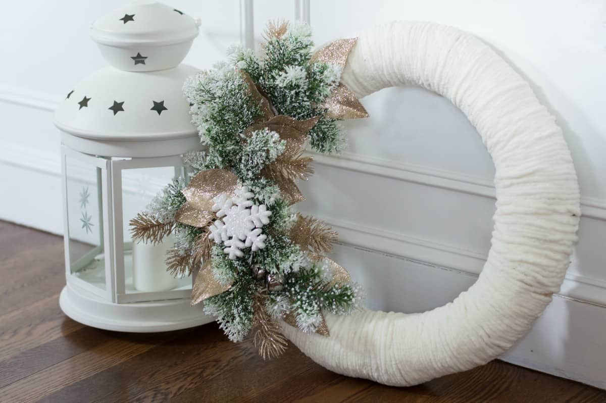 This easy DIY winter wreath is perfect for the entire winter season!