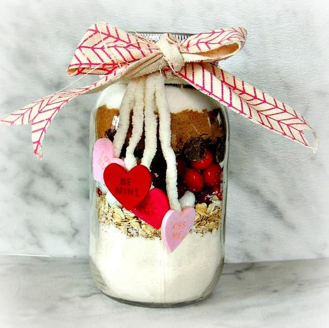 Valentine's cookie mix in a jar