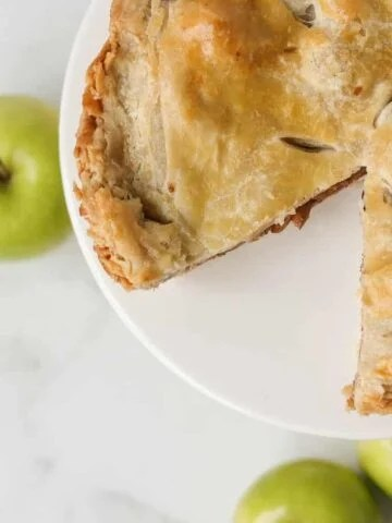 Easy puff pastry apple pie recipe