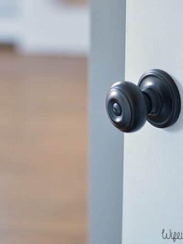 oil rubbed bronze door hardware