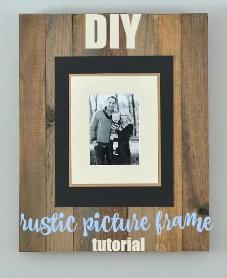 This rustic wood picture frame is a lovely homemade Christmas gift for someone who loves rustic decor