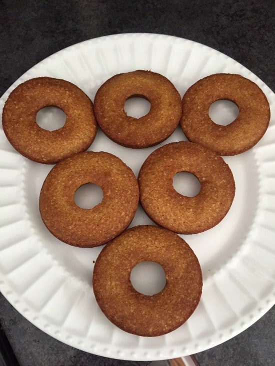 Easy to make (and healthy!) baked donut recipe