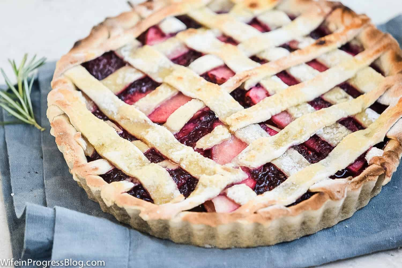 buttery pie dough crust