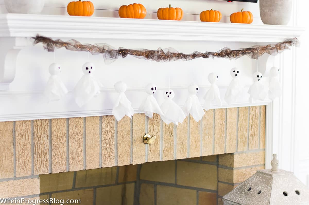 How to make a simple Halloween ghost garland with tissue paper