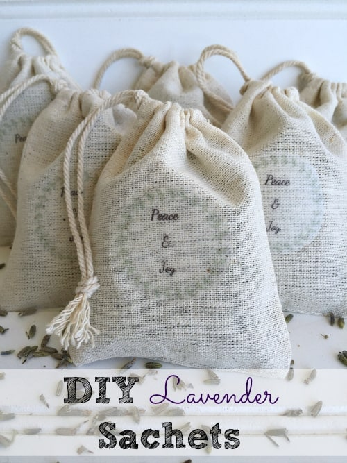 These DIY lavender sachets are sweet and refreshing--a perfect homemade Christmas gift for someone who loves lavender